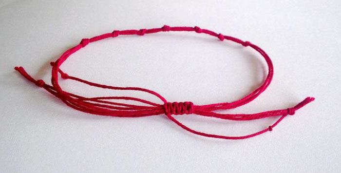 Семь узлов на красной нити