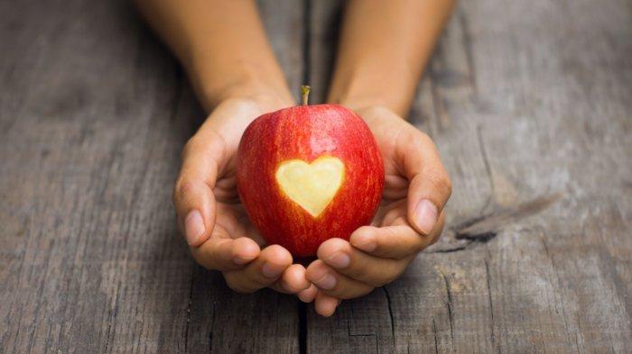 Любовные заговоры на яблоко