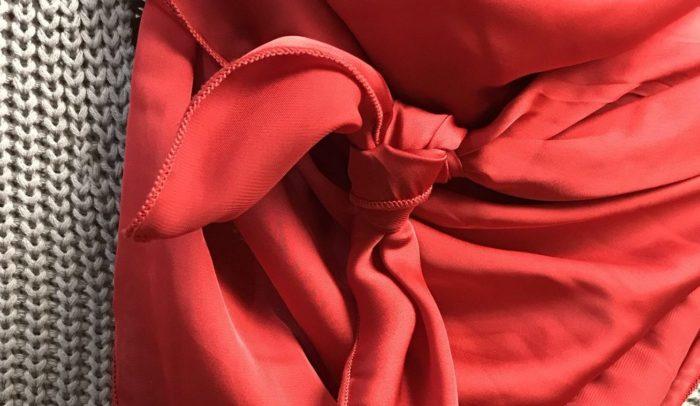 Красный платок