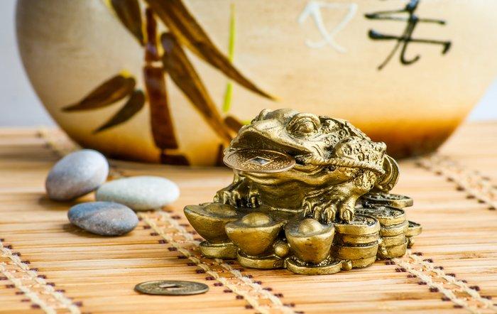 Жаба - китайский талисман для привлечения денег