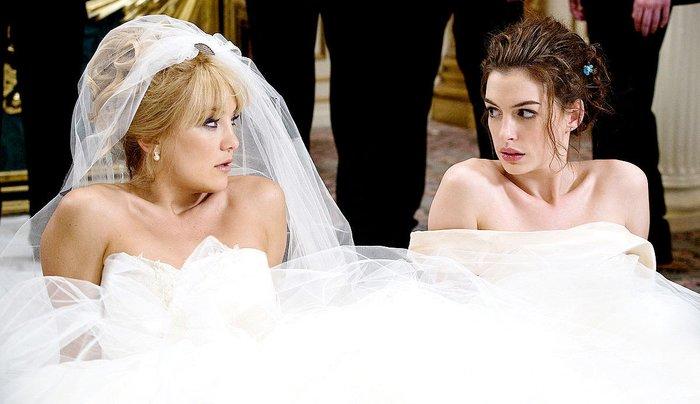 Соперницы в свадебных платьях