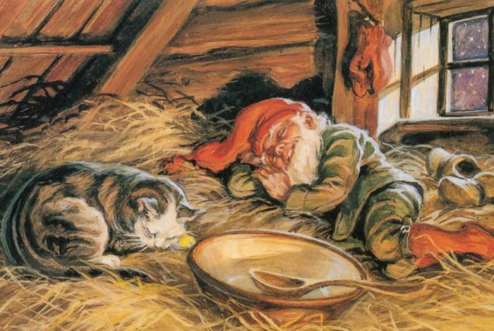 Спящие домовой и кот
