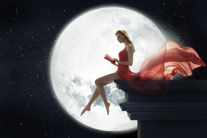 Заговор при полной луне для увеличения привлекательности