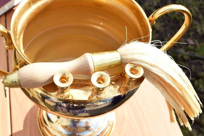 Избавление от порчи с помощью святой воды